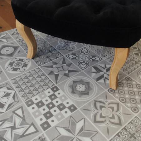 Lame PVC clipsable - carreaux de ciment gris - Collection Deco Tile Click - KALINAFLOOR