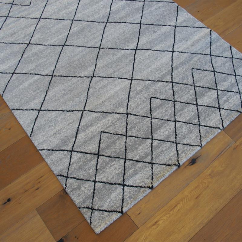 tapis scandi gris et noir motif g om trique azt que elle balta. Black Bedroom Furniture Sets. Home Design Ideas