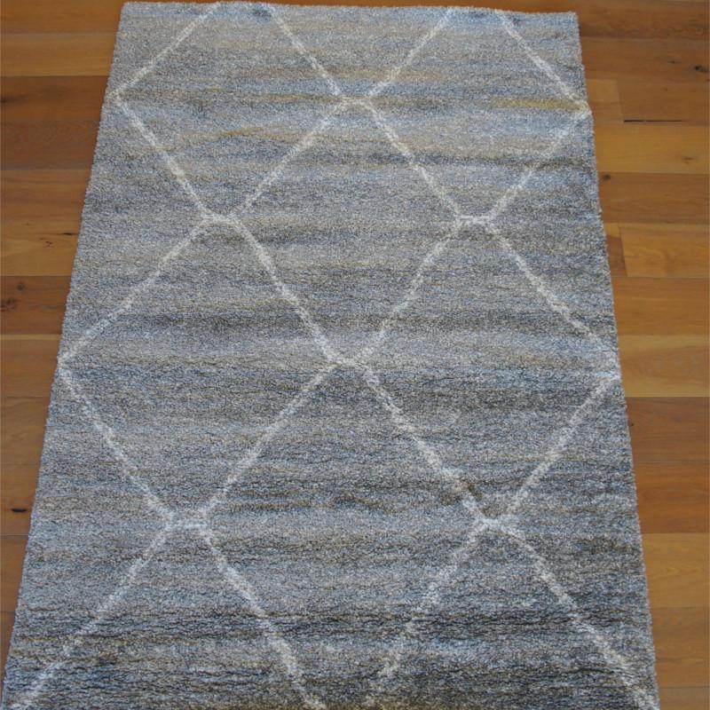 Tapis shaggy gris perle et motif ethnique losange blanc - 160x230cm - SHERPA