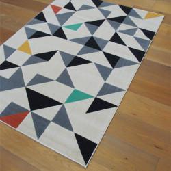 Tapis triangles scandinaves colorés sur fond écru - Canvas - 120x170cm