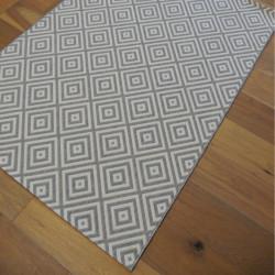 Tapis Losanges gris clair et blanc cassé - 120x170cm - ESSENZA