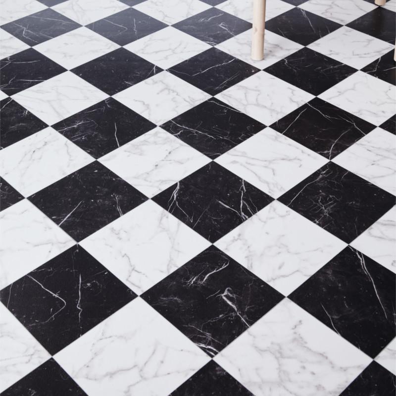 Sol PVC - Vinca 698 damier marbre noir blanc - Luxury Trends IVC - rouleau 3M