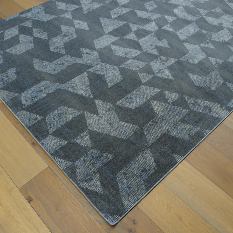 Tapis tout doux FLY gris à motif géométrique triangles - Balta 200x290cm