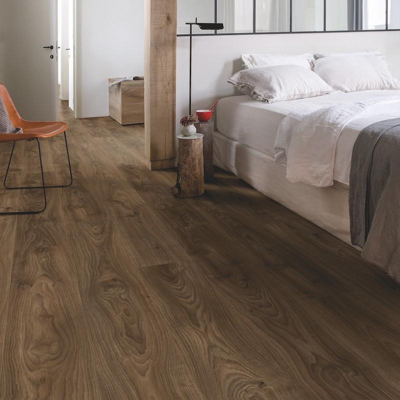 """Lame PVC clipsable """"Chêne cottage brun foncé BACL40027"""" - Livyn Balance Click QUICK STEP (résistant)"""
