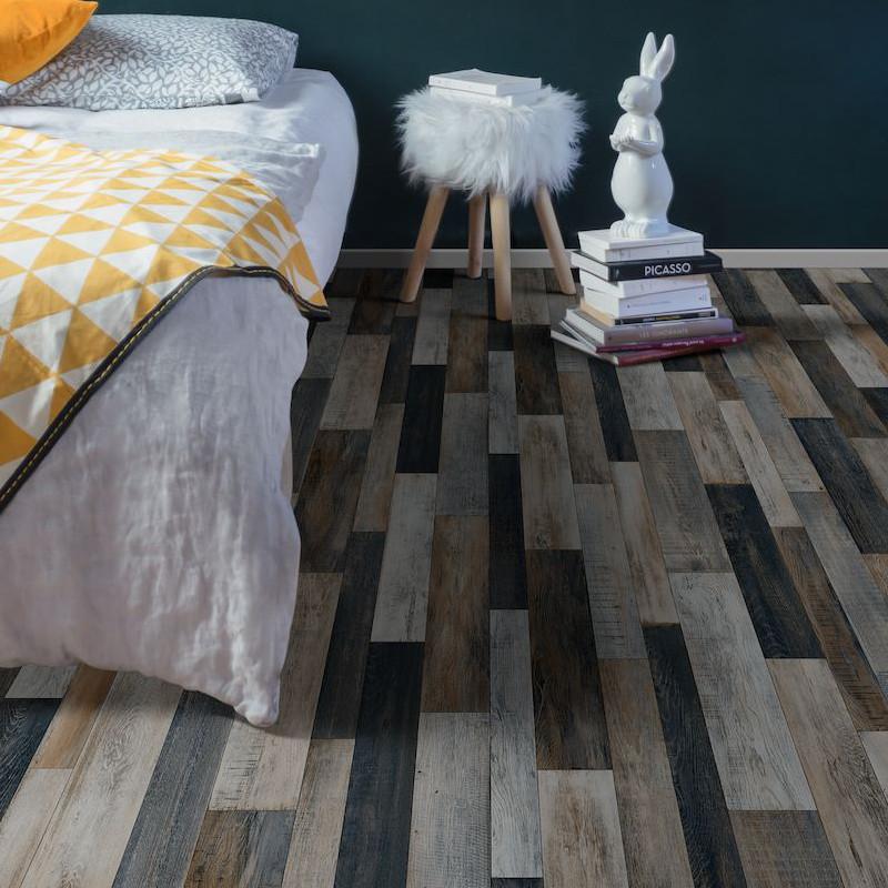 Sol PVC - Cuban Oak Multico 967M patchwork bois gris métallisé - Plaza BEAUFLOR - rouleau 4M