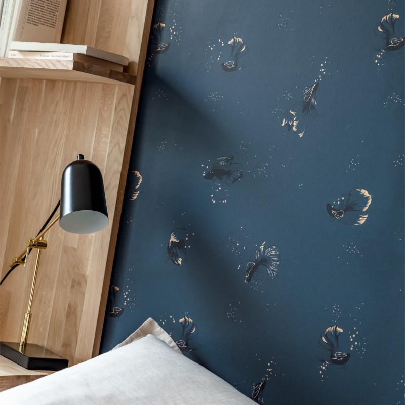 Papier peint Swim And Chill bleu pétrole or - THE PLACE TO BED - Caselio - PTB101756120
