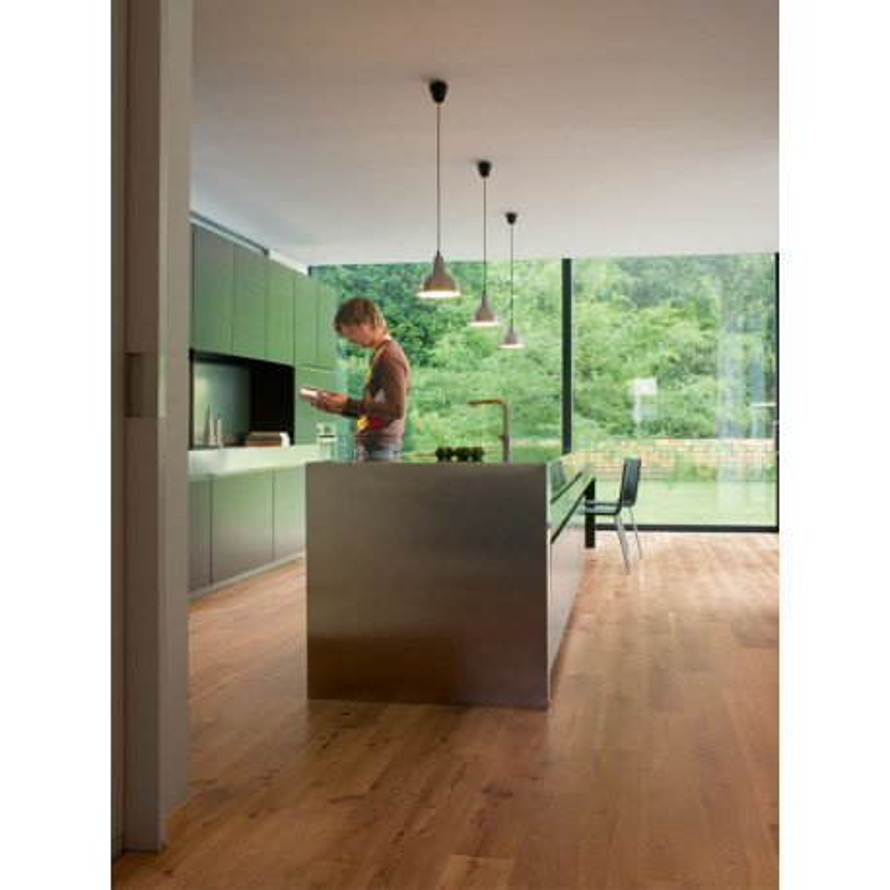 QUICKSTEP - Lames stratifiées clipsables 4 chanfreins : PERSPECTIVE - chêne vieilli verni naturel planches