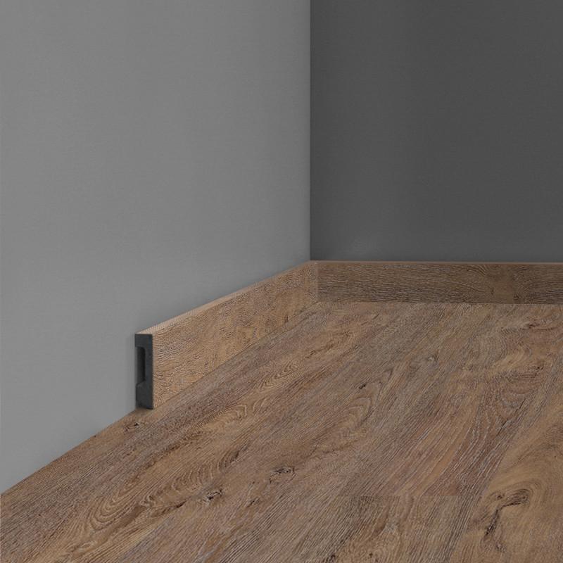 Plinthe Modern 2m40 - coordonné à votre sol CORETEC